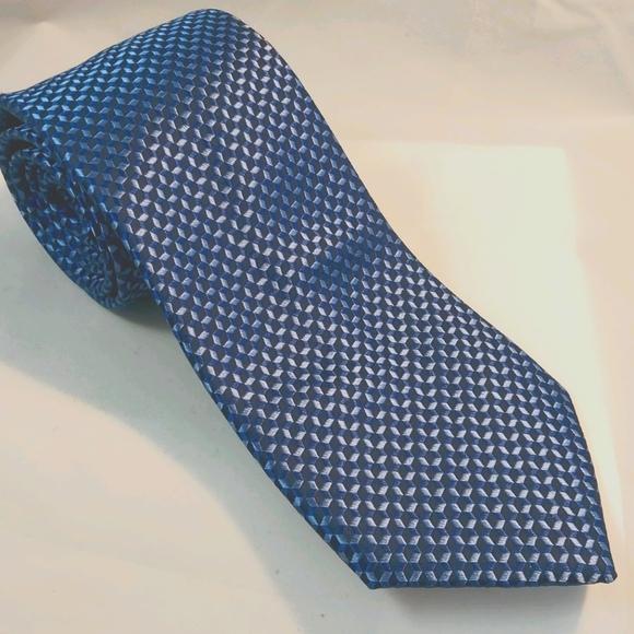 Michael Kors men's silk tie dark/light blue cubist